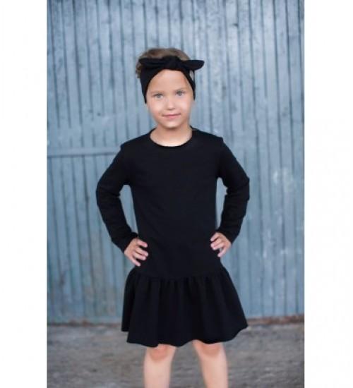 Tuss vaikiška suknelė. Spalva juoda