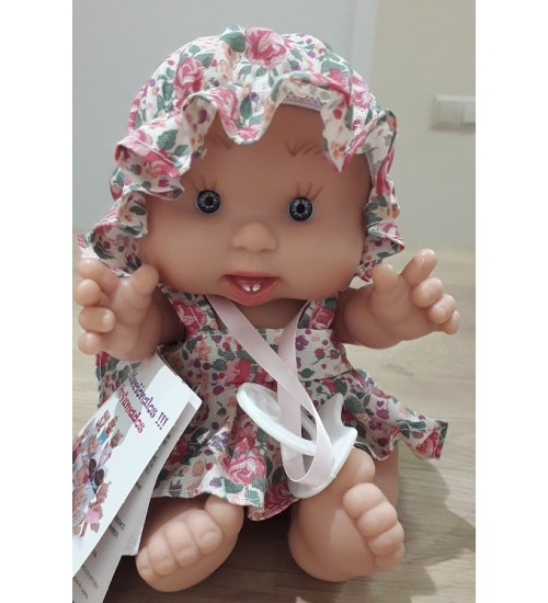 Nines d'Onil lėlytė Pepotin ( mergaitė su gėlėta kepuraite 21 cm)
